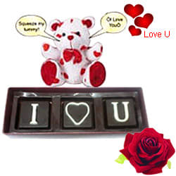 Delightful I Love U Hamper