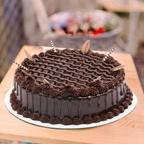 Palatable Appeal 3/4 Star Bakery 1 Lb Chocolate Cake