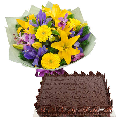 Exclusive Mixed Flowers Bouquet with Chocolate Cake