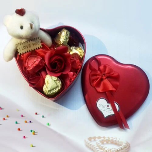 Enjoyable Combo of Handmade Chocolates, Teddy n Roses