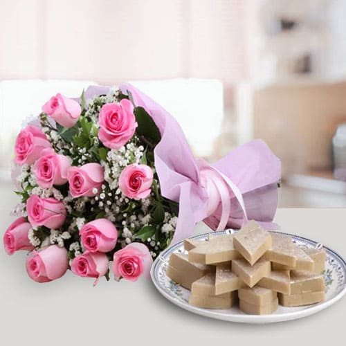 Anniversary Special Kaju Kalti with Pink Roses