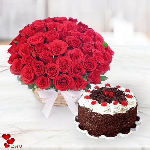 Online Order Red Roses Basket with Hotel Taj Bakery Cake