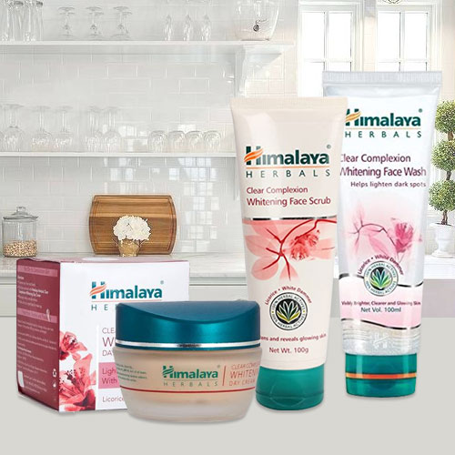 Delicate Gift of Complexion Care Combo Hamper from Himalaya