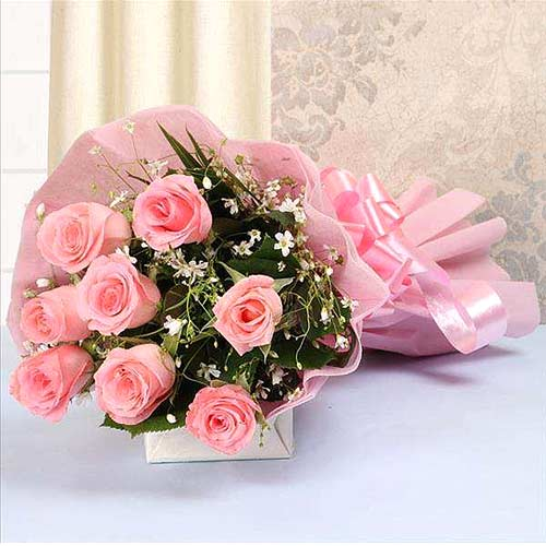 Eye-Catching Assemble of�Pink Color Roses in Bouquet