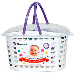 Grooming-the-Crawler Baby Care Gift Basket from Himalaya