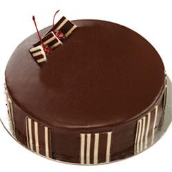 Tantalizing Fancy 4.4 Lbs Chocolate Cake
