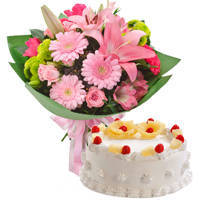 Oven-Fresh Pineapple Cake with Twelve Mixed Flowers Bouquet