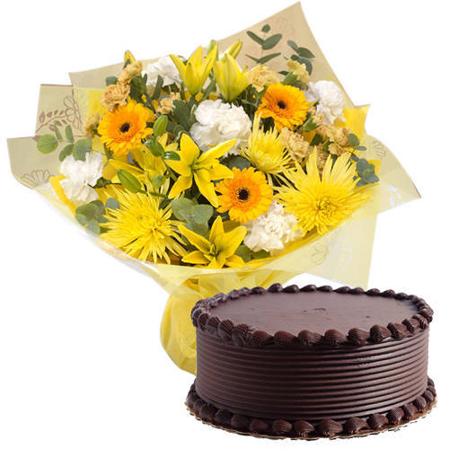 Send Mixed Flowers Bunch N Eggless Chocolate Cake Online