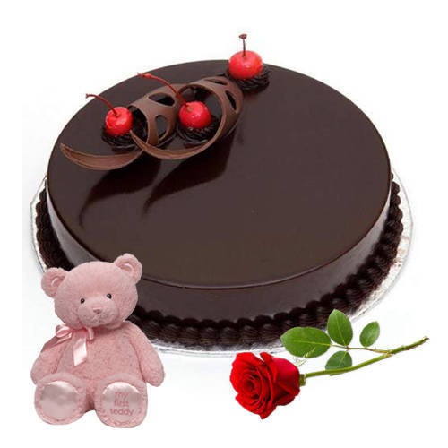 Gift Online Eggless Chocolate Cake with Red Rose N Teddy