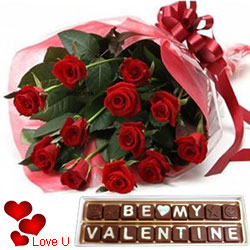 Captivating Valentine Gift of Red Roses Bouquet with Be My Valentine Hand Made Chocolates