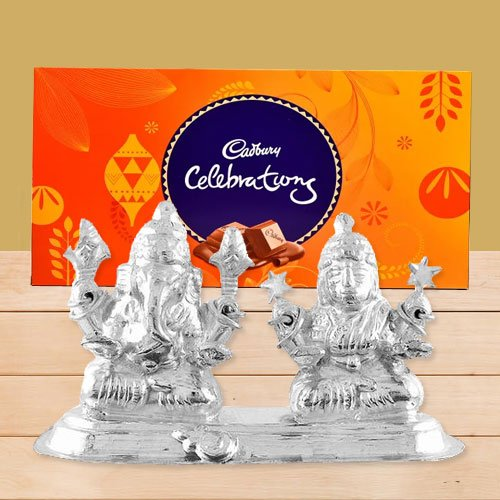 Silver Plated Ganesh Lakshmi with Cadbury�s Celebration