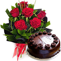 Online Combo of Red Roses Bunch n Chocolate Cake