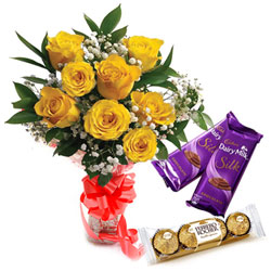 Deliver Rose Bouquet, Ferrero Rocher and Dairy Milk Silk Online