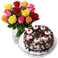 Exclusive multicolor Roses with yummy Black Forest Cake from <font color=#FF0000><strong>Taj or 5 Star Hotel</strong></font>