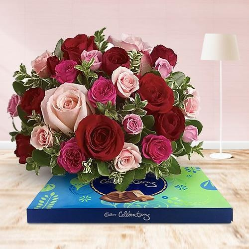 Eye-Catching 50 Pink and Red Roses for Special Mom