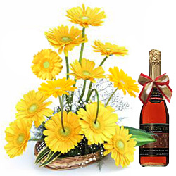 Deliver Combo of Yellow Gerberas Arrangement and a Bottle of Fruits Juice Online