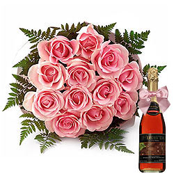 Buy Bouquet of Pink Roses n a Bottle of Fruit Juice Online