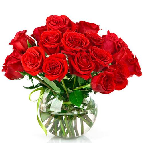 Order Red Roses in a Glass Vase Online