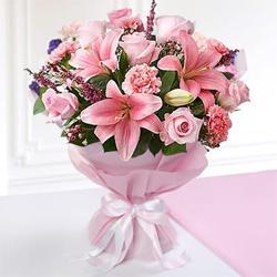 Traditional Love Bonding Mixed Seasonal Flower Bouquet