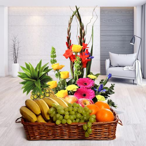 Send Online Fresh Fruits and Pretty Flowers